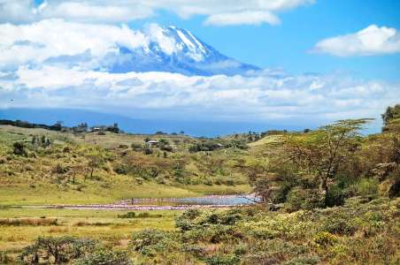 Viewing-Kilimanjaro-from-the-valley