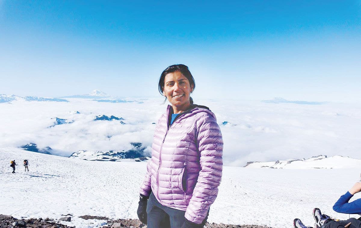 Sammamish mom goes from occasional hiker to summit of Rainier